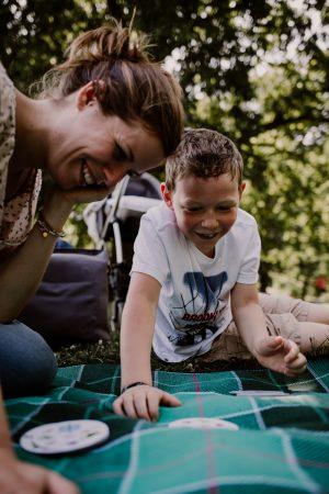 parc de sceaux une maman et son fils